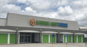 Affordable Family Storage - Omaha L Street