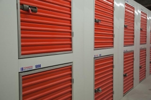 Storage Fox Self Storage - Brooklyn -UHAUL Truck Rentals - Photo 11