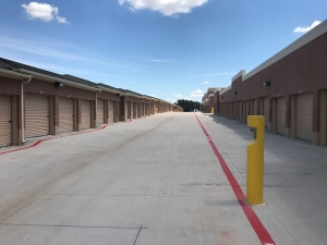 Simply Self Storage - McKinney, TX - Hardin Blvd - Photo 2