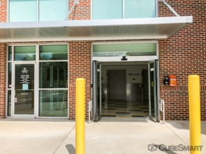 Image of CubeSmart Self Storage - Scottdale Facility on 3103 North Decatur Road  in Scottdale, GA - View 2