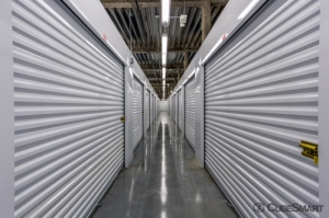 CubeSmart Self Storage - Saint Petersburg - 401 34th St N - Photo 4