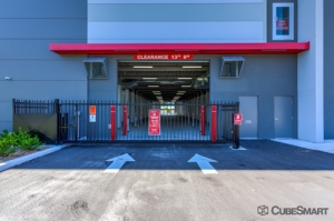 CubeSmart Self Storage - Saint Petersburg - 401 34th St N - Photo 7
