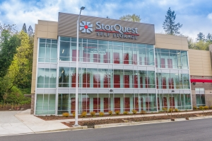Image of StorQuest - Portland/Beaverton Hillsdale Hwy. Facility on 4322 Southwest Beaverton Hillsdale Highway  in Portland, OR - View 3