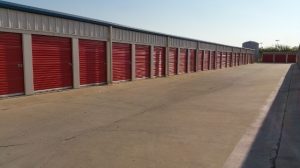 Del Valle Storage, LLC - Photo 6