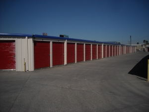Del Valle Storage, LLC - Photo 8