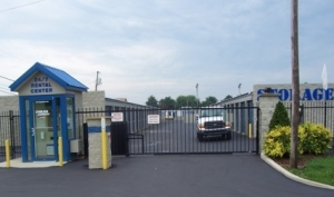 Storage Express - Martinsville - Commercial Boulevard - Photo 3