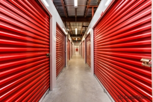 CubeSmart Self Storage - Jacksonville - 8552 Baymeadows Rd - Photo 6
