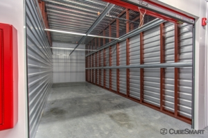 CubeSmart Self Storage - Jacksonville - 8552 Baymeadows Rd - Photo 7