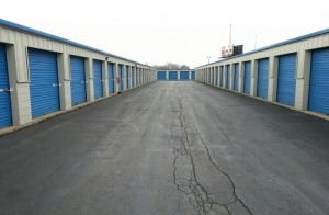 Storage Express - Indianapolis - East 42nd Street - Photo 5