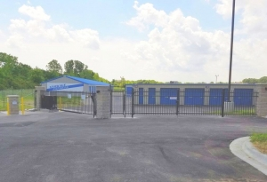 Storage Express - Indianapolis - East 42nd Street - Photo 6