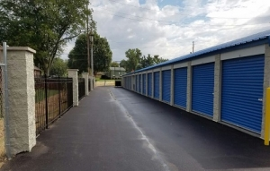 Storage Express - Indianapolis - Madison Avenue - Photo 4