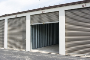 Chicago Northside Storage - Wilmette - Photo 9