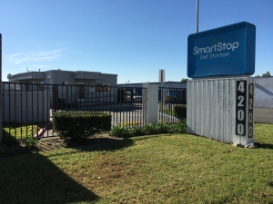 SmartStop Self Storage   Santa Ana