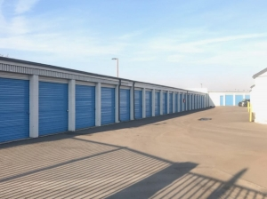 SmartStop Self Storage - Riverside - 6667 Van Buren Blvd - Photo 6