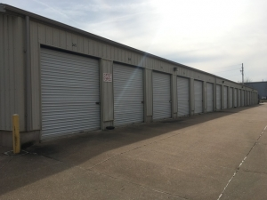 Davenport Storage Center - Photo 8