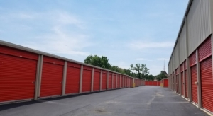 Snapbox Self Storage - Fairpark - Photo 4