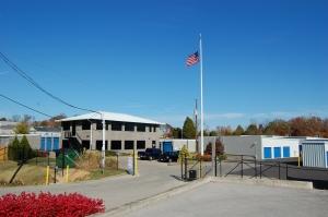 Space Center Storage - Fern Creek