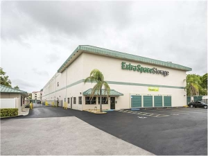 Extra Space Storage - Miami - SW 127th Ave