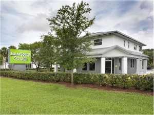Extra Space Storage - West Palm Beach - Okeechobee Blvd