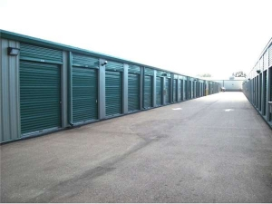 Extra Space Storage - Kenneth City - 54th Ave - Photo 2