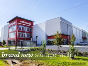 CubeSmart Self Storage - Orlando - 12709 E Colonial Dr