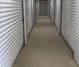 Store Space Self Storage - #1008 - Photo 4