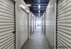 CubeSmart Self Storage - Spartanburg - 899 E Main St - Photo 3