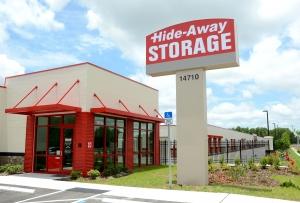 Hide-Away Storage - Lakewood Ranch