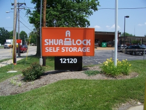 A Shur-Lock Self Storage - Maryland Heights Facility at  12120 Dorsett Rd, Maryland Heights, MO