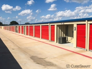 CubeSmart Self Storage - Georgetown - 3901 Shell Rd - Photo 4