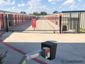 CubeSmart Self Storage - Georgetown - 3901 Shell Rd - Photo 5