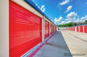 CubeSmart Self Storage - Pflugerville - 13601 Dessau Rd - Photo 4