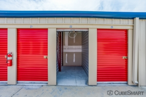 CubeSmart Self Storage - Summerfield - 15855 U.S. 441 - Photo 3