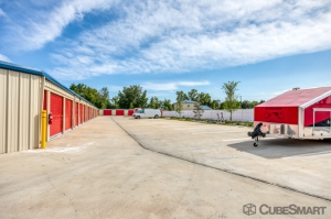 CubeSmart Self Storage - Summerfield - 15855 U.S. 441 - Photo 4