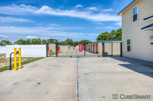 CubeSmart Self Storage - Summerfield - 15855 U.S. 441 - Photo 6
