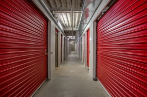iStorage Cincinnati,OH – Moellering Ave Facility at  2201 Moellering Avenue, Cincinnati, OH