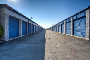 iStorage Roseville East Twelve Mile Road - Photo 2