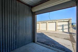 iStorage Roseville Cornillie Drive - Photo 8