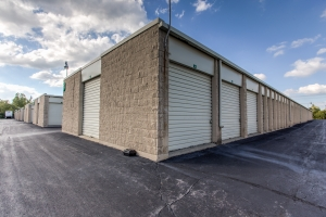 iStorage Southfield - Photo 1