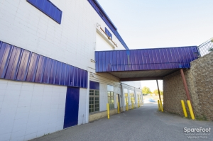 iStorage Minneapolis, MN – Hiawatha Ave North Facility at  3601 Hiawatha Avenue, Minneapolis, MN
