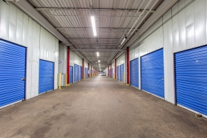 iStorage Minneapolis, MN – Hiawatha Ave South Facility at  4325 Hiawatha Avenue, Minneapolis, MN