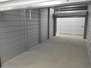 Bonaire Storage - Photo 10