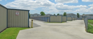 Image of Storage King USA - 032 - Gulfport, MS - Dedeaux Rd Facility on 14145 Dedeaux Road  in Gulfport, MS - View 2