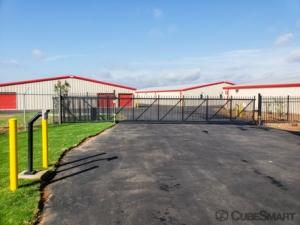 CubeSmart Self Storage - Piedmont - 2920 Fork Shoals Rd - Photo 5