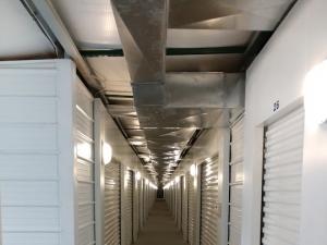 Gladstone Self Storage - Photo 2