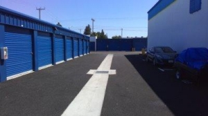 Life Storage - Sacramento - 181 Main Avenue - Photo 3