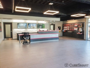 CubeSmart Self Storage - Houston - 4211 Bellaire Blvd - Photo 7