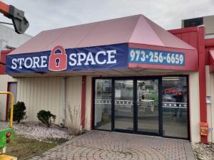 L012, Store Space Self Storage - Totowa
