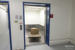 Storage Court - Federal Way - Photo 8