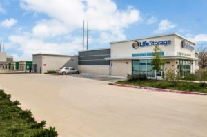 Life Storage - Round Rock - 981 North Red Bud Lane - Photo 4